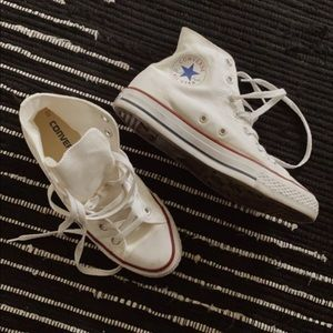 Chuck Taylor All Star High Top Converse Sneakers